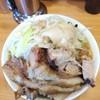 ラーメン二郎 - 料理写真:小ラーメン※ニンニク少し·アブラ+豚150円