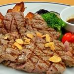 コンヴィエ - 肉料理
