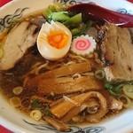 ラーメン桐生 - 厚切りチャーシュー麺