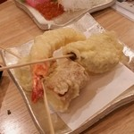 ツマミグイ酒場 カモシカスタンド - 串天3種盛り。海老とサツマイモと、あとは何だったけ?(笑)