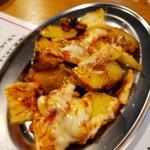 鉄板パラダイス リキヲ - じゃがバタキムチーズ
