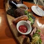 piccolo MODENA - 肉盛り合わせ5種