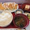 餃子会館 - 料理写真:餃子定食とロースカツ単品  本当はロースカツ定食と餃子