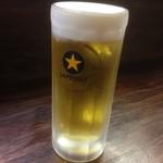 ICO家 - 生ビール(中)350円(サッポロ黒ラベル)