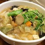 XI'AN - 野菜たっぷり刀削麺
