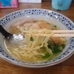 きくや - 純鶏そば(ピロピロ麺)