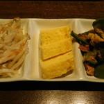 全席完全個室・肉寿司・地鶏 忍亭 - 前菜付(たこ焼き食べ放題)