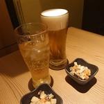 koshitsuizakayatorijuubee - ビールにジンジャエールに筑前煮