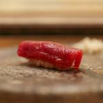 寿司処 しん - 料理写真:勝浦産 鮪の赤身 辛子で☆