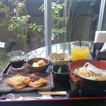 松屋レストラン - 料理写真: