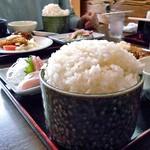 大衆割烹八珍柿 - おまかせ定食(大盛)