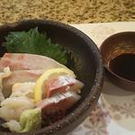 とみや - ■ミニ懐石 桜 1,800円+海鮮丼 1,100円=2,900円(税込) 2019年04月