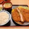 三朝 - 料理写真:特製ジャンボロースカツ定食