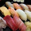 いろは寿司 - 料理写真:ランチ 1.5人前 あら汁 サラダ付き