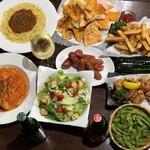 新宿 シュラスコ&チーズダイニング 肉バル ONE - 2500円コース料理