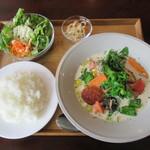 レストラン鈴音 - 料理写真:ブリと春野菜のクリームスープ仕立て ライス