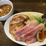 麺屋 信成 - 料理写真:特製つけ麺