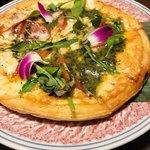 個室夜景&クラフトビール 蒼天 - 燻製鴨の創作ピザ