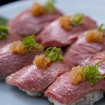 かのう屋 - 人気の和牛炙り寿司