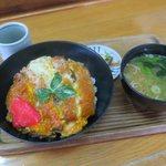 105582668 - カツ丼(¥800)