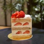 パティスリー SATSUKI - ☆【パティスリーSATSUKI】さんスーパーショートケーキ☆