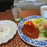カフェ・アラカルト・ラパン - 料理写真:ハンバーグ定食  850円(税込)