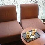 タリーズコーヒー - (2009/1訪問)向かい合わせでない2人掛のテーブル