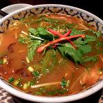 ジャミンカー - トムヤン麺