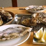 宝彩 伊勢 - 料理写真:焼き牡蠣セット。ジューシーな焼きかきをたっぷりと。※10月1日~5月GW明けまで