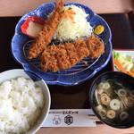 とんかつかつ庄 - 料理写真:満腹ロースかつランチ980円です