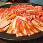 焼肉やすもり - 料理写真: