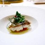 105608893 - ■Poisson                       知多半島の天然真鯛のグリエ                       白バルサミコ酢のソース                       二種類の人参を添えて
