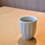 石臼挽き手打 蕎楽亭 - お茶