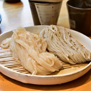 石臼挽き手打 蕎楽亭 - 料理写真:むぎめおと(ひやむぎ&そば)@1,000円