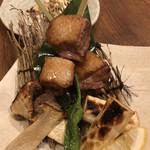 日吉 金魚 - 合鴨串焼き