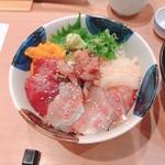 沼津海いち - 4色のランチ丼