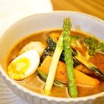 東京らっきょブラザーズ - 季節野菜のスープカレー (¥1,200)