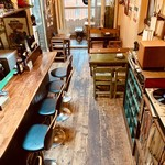 GRILL&BAR SOULWOOD - 木を基調とした店内です!