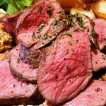 個室肉バルジャンラフィット - 赤身の旨味!ラム:アップ