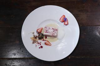 星月夜 - 苺とラズベリーのミルクレープ☆