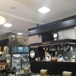 SL ROMAN CAFE - 店内ひろびろ
