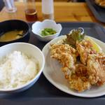 定食屋 めしどき - 唐揚げ定食 650円