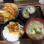 doramisakaba - 麻婆豆腐+焼き小籠包