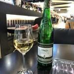 105654920 - 白ワイン