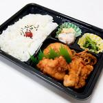 穴吹米穀店 - 料理写真:からあげ弁当