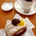 ケーキカフェ・ノエル - マロンロール