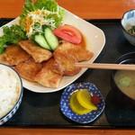 お食事処 みうら - 豚生姜焼き定食(850円)
