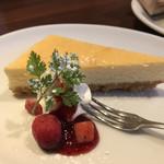 サクラ屋珈琲店 - チーズケーキ