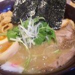 麺家 一心 - 中華そば全部入り 780円
