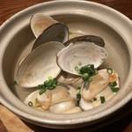 燦醸小町 蔵米 - 白貝の酒蒸し 700円